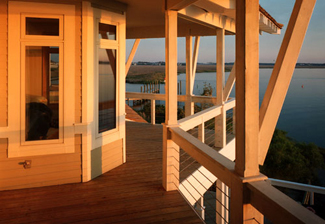 ipe_deck_and_veranda_with_cable_rail_system.jpg