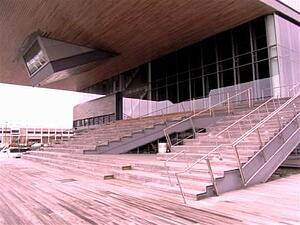 santa_maria_hardwood_used_as_decking,_siding,_steps,_benches_and_soffit