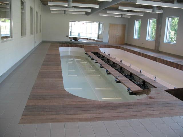 cumaru_decking_at_pool_spa