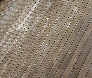 mahogany_decking_weathering.jpg