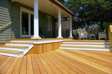 garapa_deck_with_garapa_stairs-024720-edited.jpg