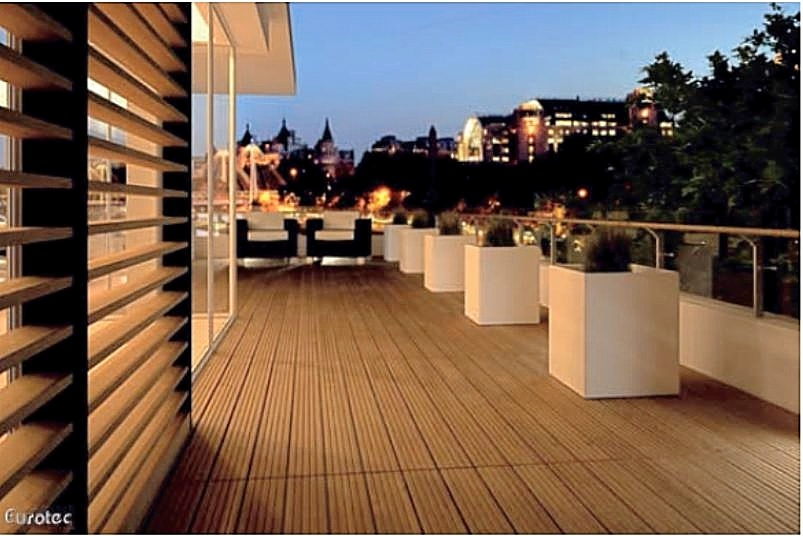 EUROTEC DECK SYSTEM WITH HARDWOOD BOARDS