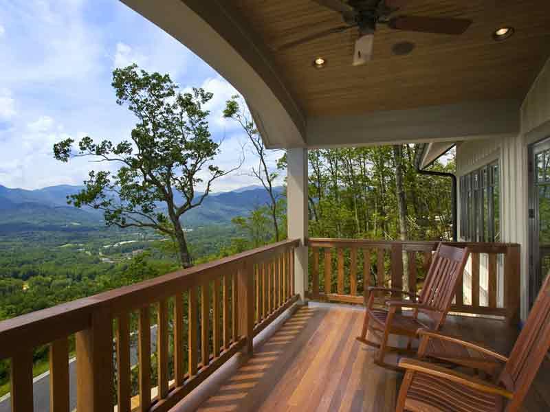 Hardwood deck with Penofin penetrating oil finish