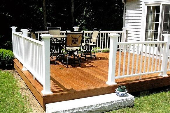 Ipe Deck with traditional railing sytem