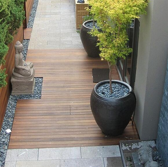 Ipe rooftop deck and walkway  with Buddah