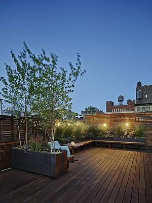 Ipe_rooftop_deck_in_New_York_-_copyrighted