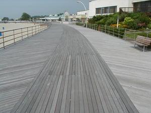 Ocean_Beach_Boardwalk_New_London_CT