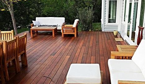 Machiche deck in California