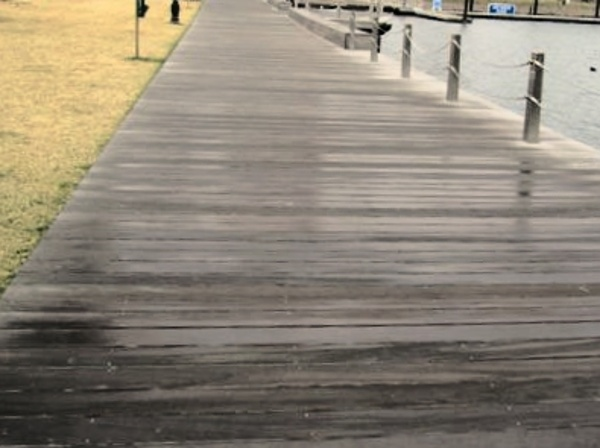FSC Santa Maria decking and pedestrian walkway