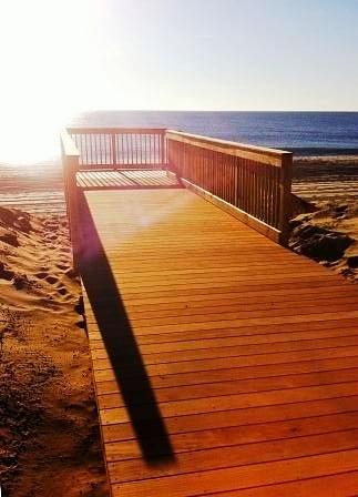 Beautiful Garapa decking and railing in coastal NJ