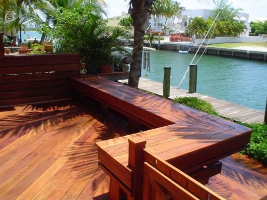 Cumaru deck and benches in Florida featuring very nice workmanship