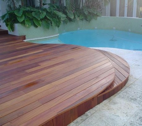 Cumaru curved deck at pool area