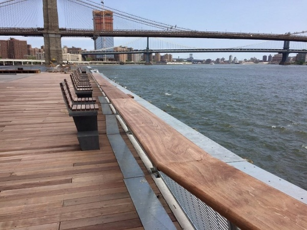 FSC hardwood decking railing and benches at Pier 17 New York (800x600).jpg