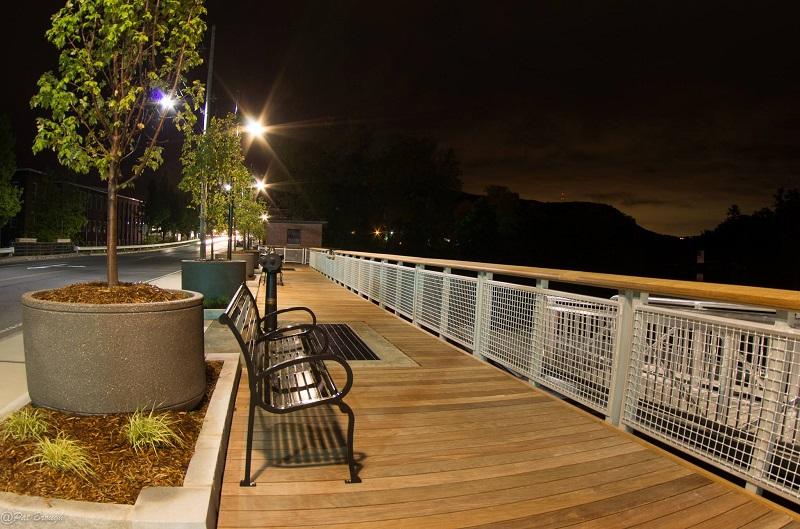 Ipe boardwalk at Nashawannuck Pond