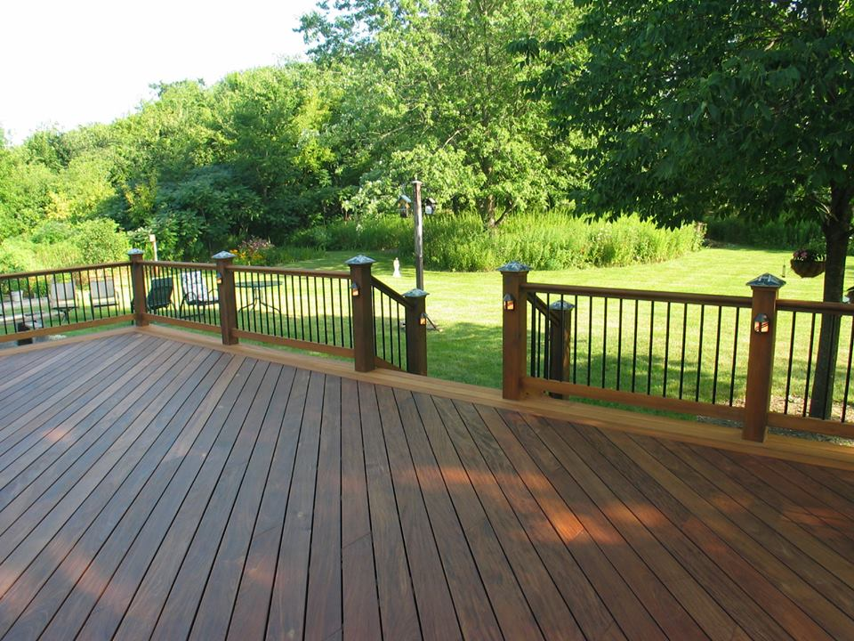 Ipe deck with Garapa trim