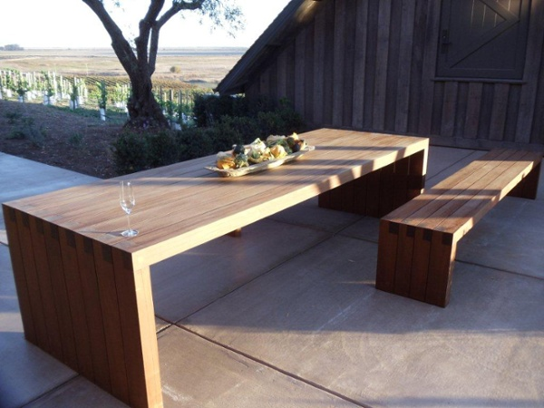 Ipe_bench_and_Ipe_outdoor_dining_table.jpg