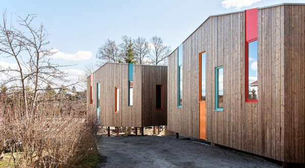 Kebony siding installed vertically on Waldorf School in Fredrikstad Norway.jpg