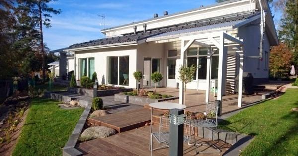 Kebony Decking private garden finland.jpg