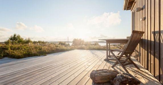 Kebony Decking summer cabin.jpg