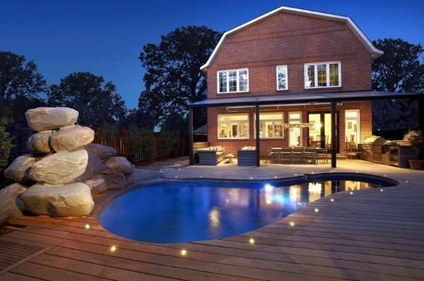 Kebony pool deck toronto nighttime (640x424).jpg