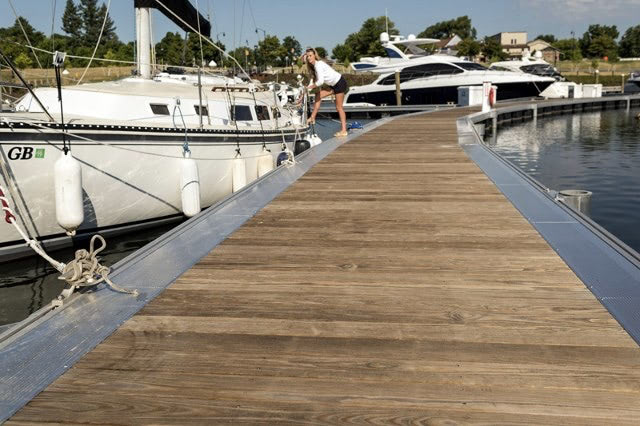 kebony decking port of rochester (640x426).jpg