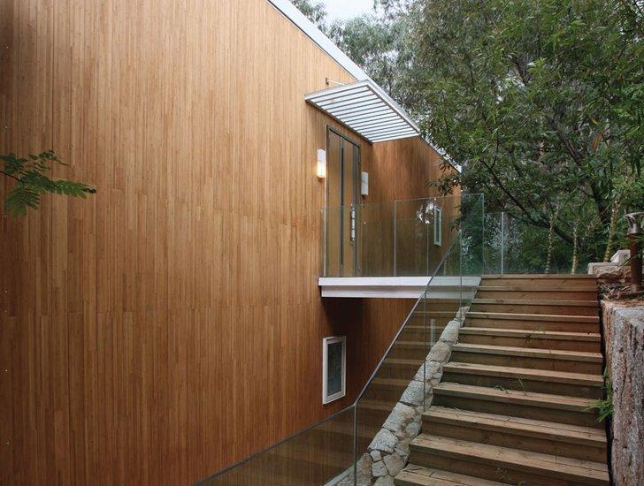 Lamboo_vertical_rain_screen_residential.jpeg