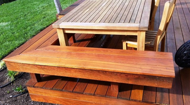 Machiche hardwood deck with built-in benches