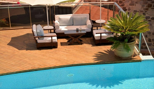 Mataverde thermowood deck at poolside