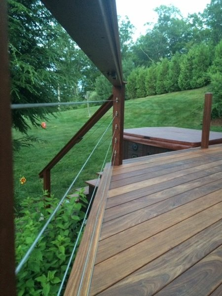 Mataverde Ipe deck with cable railing