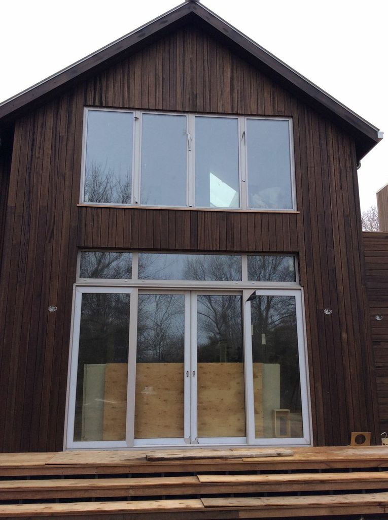 Santa Maria vertical rain screen in the Hamptons