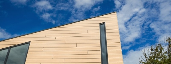 Trespa Pura architectural cladding on vacation home.jpg