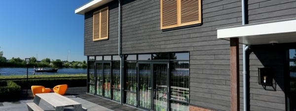 Trespa Pura siding on waterfront residence.jpg
